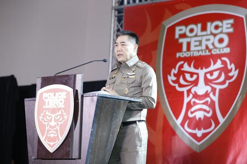 Tướng cảnh sát ra tay 'cứu' đội bóng lừng danh một thời - ảnh 1