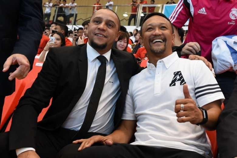 """Singapore tính """"kích cầu"""" bóng đá với Roberto Carlos - ảnh 3"""