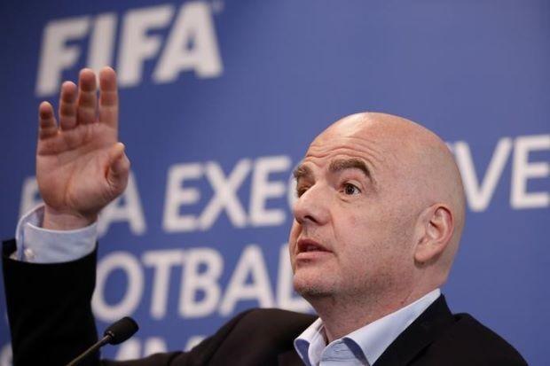 Chủ tịch FIFA nói gì về trọng tài trận Barcelona - PSG? - ảnh 3