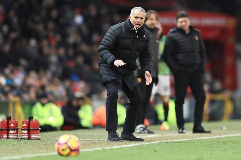 Mourinho thở phào rời nước Nga - ảnh 1