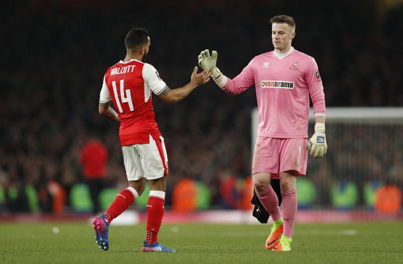 Thắng Lincoln, Wenger đòi Arsenal gia hạn hợp đồng - ảnh 1