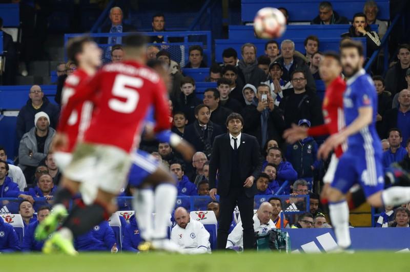 Mourinho: MU có quá nhiều kẻ thù - ảnh 1