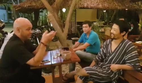 Vì sao sau cuộc gặp với Johny Trí Nguyễn thì Flores về? - ảnh 1