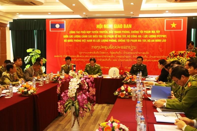 Việt-Lào hợp tác đấu tranh chống tội phạm ma túy xuyên biên giới - ảnh 1