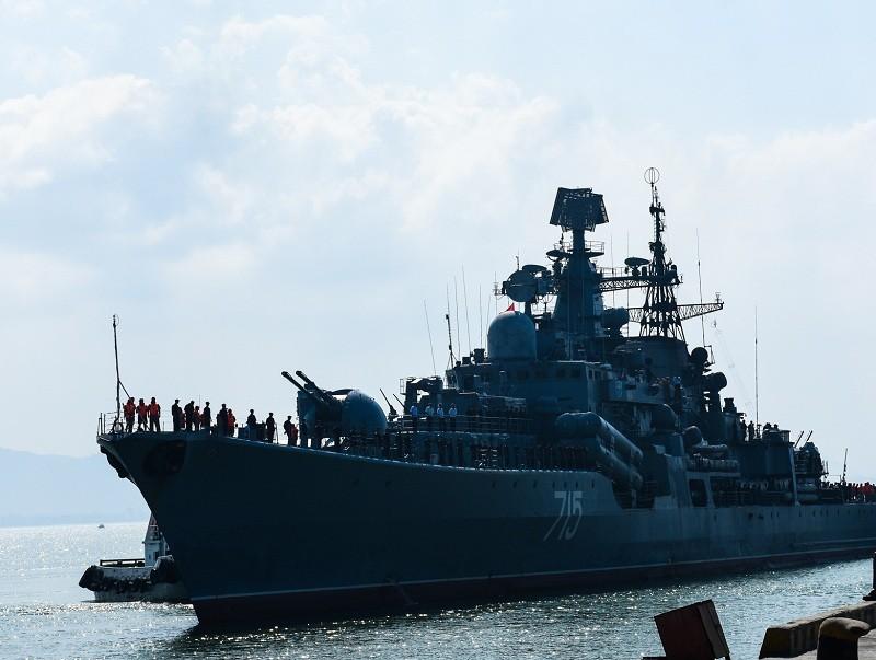 Ba chiến hạm Hải quân Nga cập cảng Đà Nẵng - ảnh 2