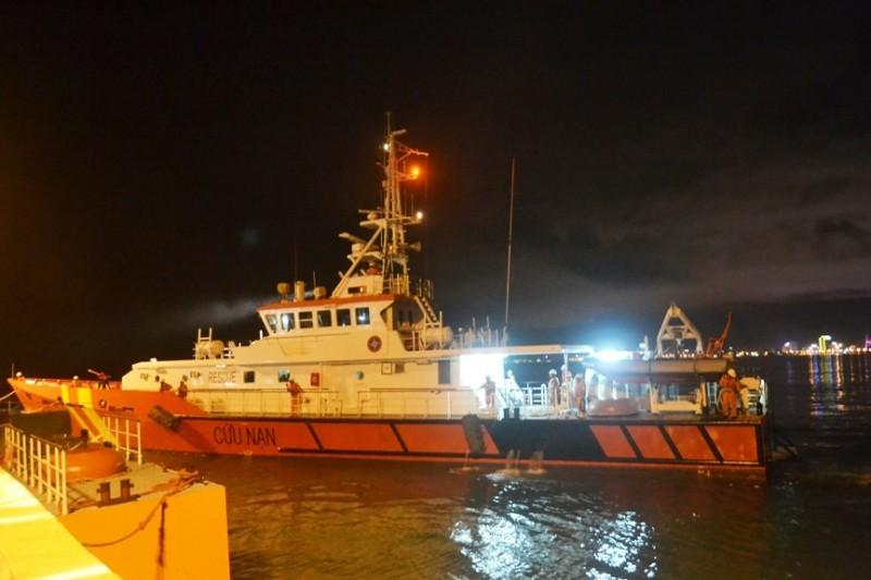 Cứu tàu của 'anh hùng Chan Chu' bị nạn trên biển Hoàng Sa - ảnh 1