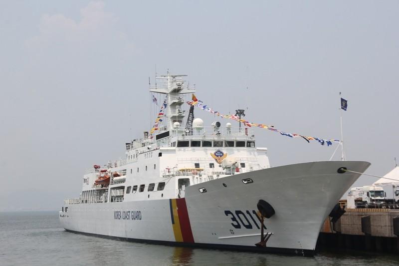 Tàu huấn luyện lực lượng bảo vệ bờ biển Hàn Quốc đến Đà Nẵng - ảnh 1