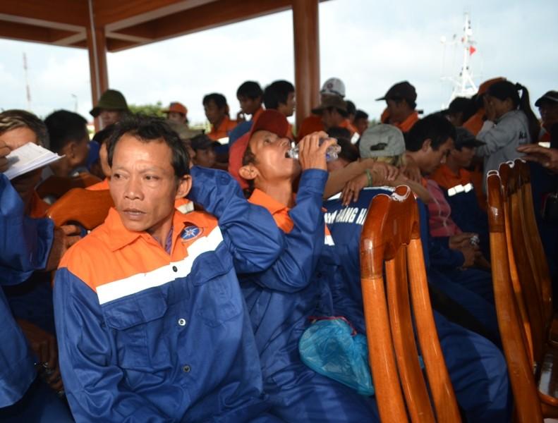 Đêm kinh hoàng của ngư dân Việt trên vùng biển Hoàng Sa - ảnh 3