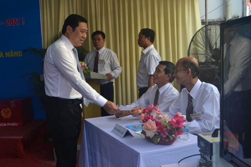 Chủ tịch Đà Nẵng: Tôi không phải là 'cử tri đặc biệt' - ảnh 1