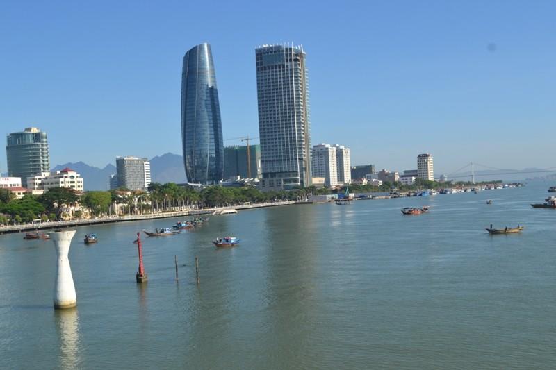 Đặc công nước lặn tìm các nạn nhân vụ chìm tàu trên sông Hàn - ảnh 9