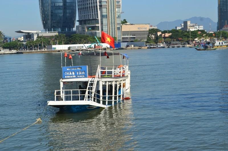 Khởi tố bị can, bắt tạm giam thuyền trưởng tàu Thảo Vân 2 - ảnh 1