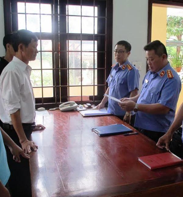 Cơ quan điều tra VKS Tối cao đọc lệnh bắt giam thư ký Mạnh.