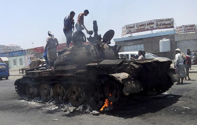 Binh lính Trung Quốc bất ngờ đổ bộ lên cảng Aden? - ảnh 2