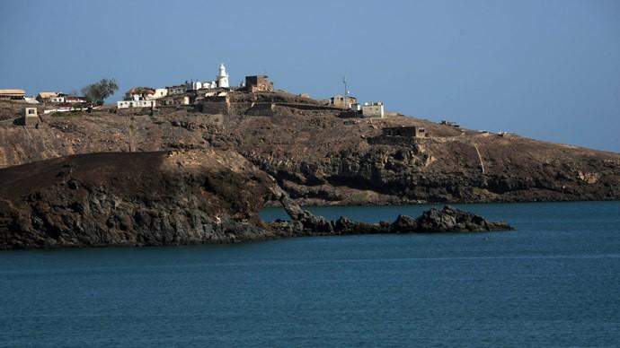 Binh lính Trung Quốc bất ngờ đổ bộ lên cảng Aden? - ảnh 1