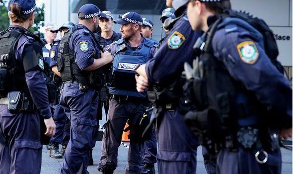 Nhóm khủng bố bằng dao bị cảnh sát Úc chặn đứng  - ảnh 1