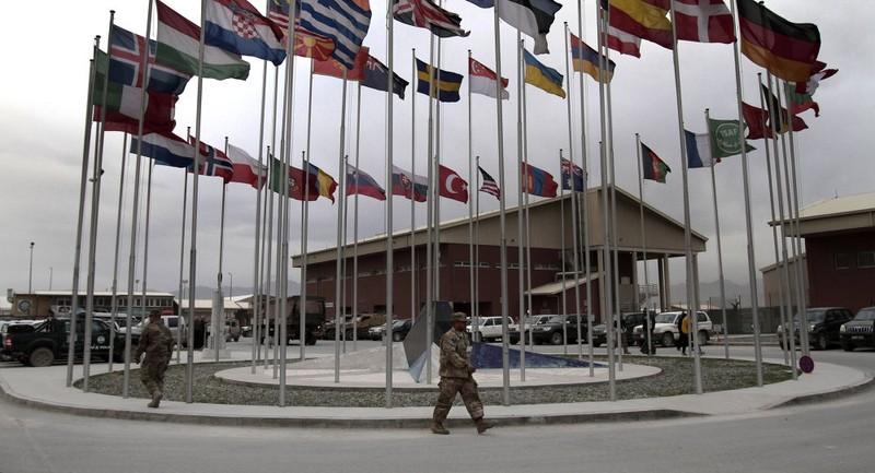 NATO thiết lập đường dây nóng với Nga - ảnh 1