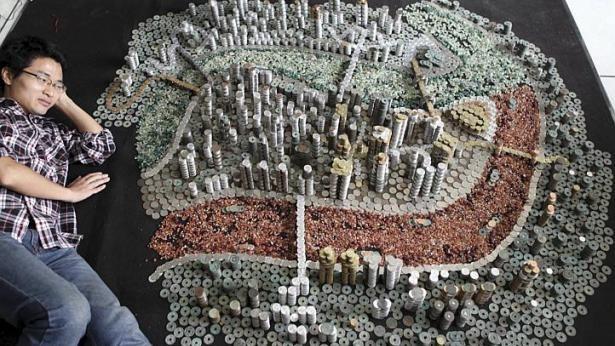 """Thành phố """"xây"""" bằng 50.000 đồng xu - ảnh 1"""