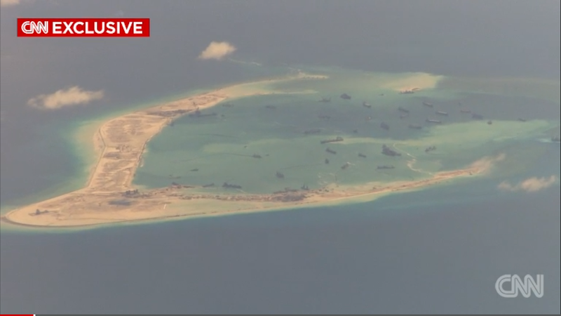 Mỹ tuyên bố sẽ tiếp tục tuần tra các đảo nhân tạo trên Biển Đông - ảnh 1