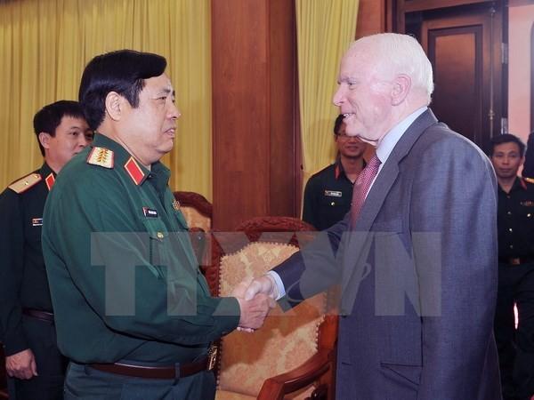John McCain: Trung Quốc phải có trách nhiệm với luật quốc tế - ảnh 1