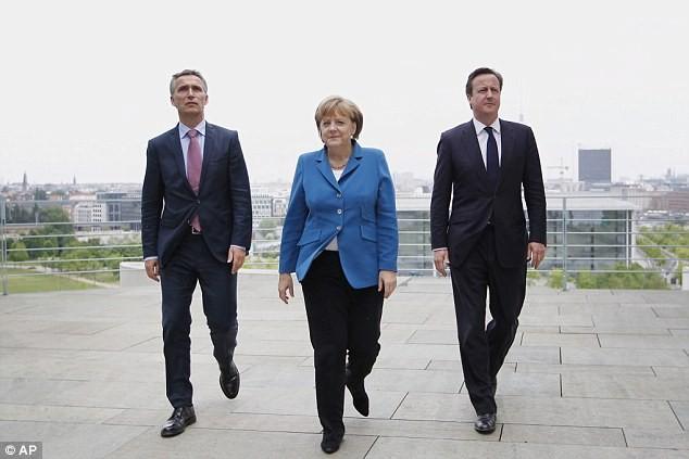 Bất ngờ trước tửu lượng 'đáng nể' của nữ thủ tướng Đức - ảnh 2