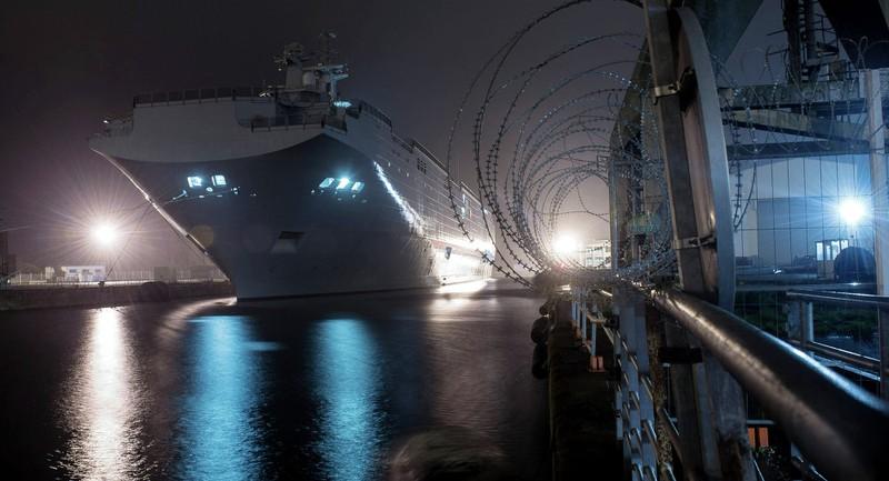 Pháp chuyển giao một số công nghệ tàu Mistral cho Nga - ảnh 1