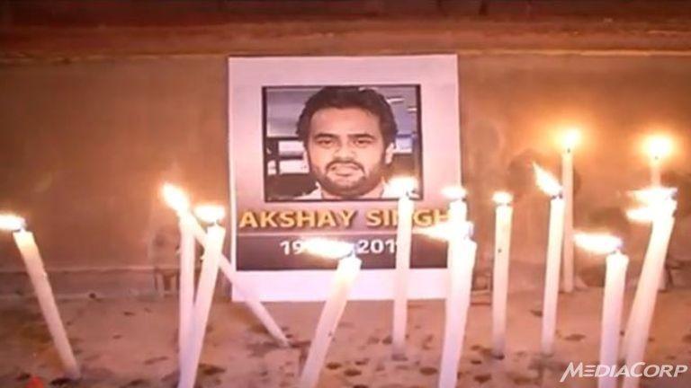 Phóng viên chết khi điều tra nhóm làm bằng giả cho quan chức - ảnh 1