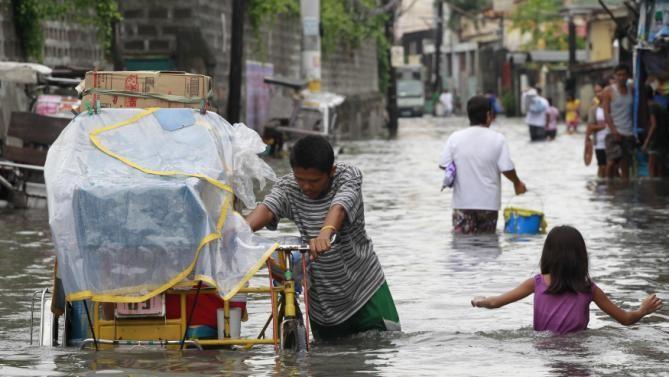 Hình ảnh của 'bộ ba siêu bão' ập vào Trung Quốc - ảnh 9