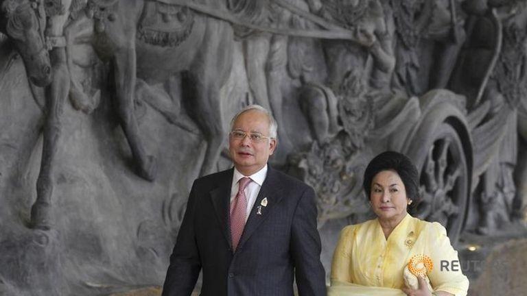 Malaysia điều tra tài khoản ngân hàng của vợ thủ tướng - ảnh 1