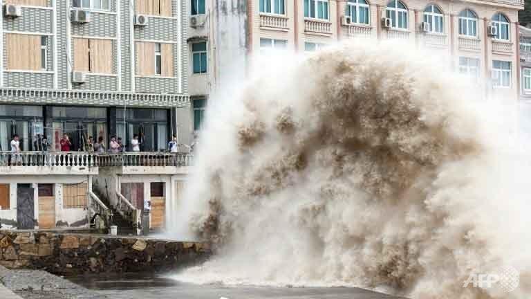 Siêu bão đổ bộ vào Thượng Hải, hàng trăm ngàn dân sơ tán - ảnh 1