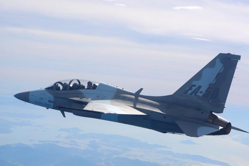 Philippines triển khai tàu chiến và chiến đấu cơ đối phó Trung Quốc - ảnh 2