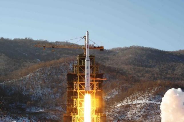 Triều Tiên nâng cấp tháp tên lửa, phóng vào tháng 10 - ảnh 1