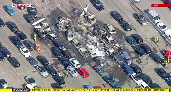 Máy bay cá nhân của gia đình Bin Laden rơi tại Anh - ảnh 1