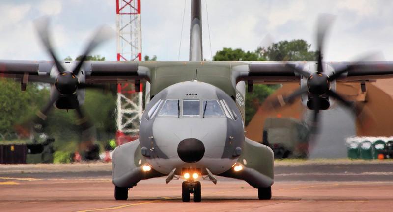 Máy bay quân sự Colombia rơi, hơn 10 người thiệt mạng - ảnh 1