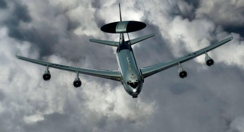 Không quân Mỹ nâng cấp quy mô phi đội AWACS - ảnh 1