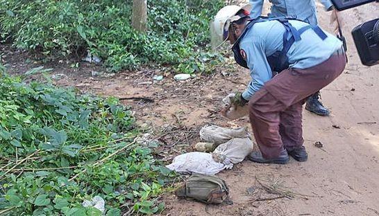 Campuchia phát hiện 'mìn' trước cửa đền Angkor - ảnh 1