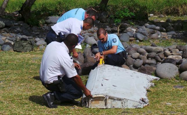 Chính thức xác định mảnh vỡ trên đảo Reunion là của MH370 - ảnh 1