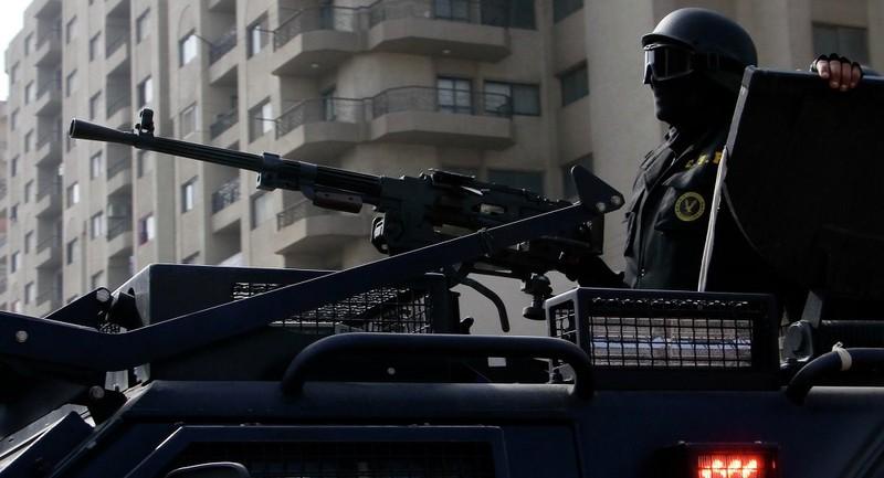 Cảnh sát Ai Cập bắn chết 12 khách du lịch - ảnh 1