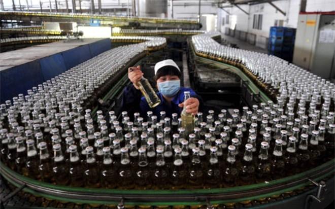 IMF kỳ vọng GDP của Trung Quốc tăng 6,5%-7,5% năm nay - ảnh 1