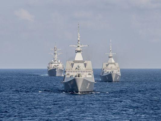 Hải quân Mỹ sắp đưa tàu áp sát đảo nhân tạo của TQ - ảnh 1