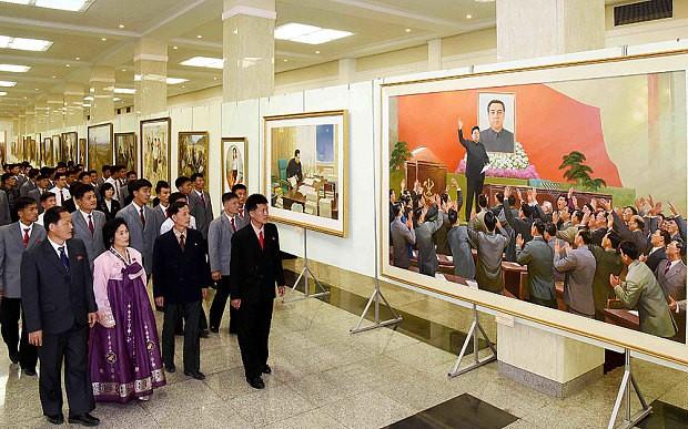 Triều Tiên thu phí khách nước ngoài dự lễ kỷ niệm - ảnh 1