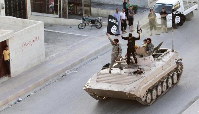 IS kêu gọi tín đồ Hồi giáo thế giới 'thánh chiến' chống Nga, Mỹ - ảnh 1
