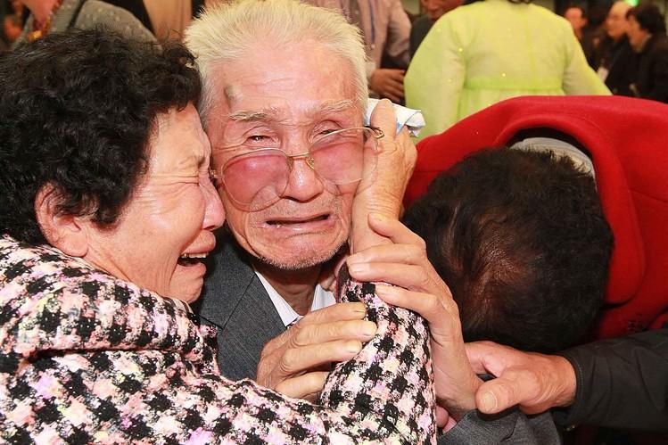 Người dân liên Triều chia tay trong nước mắt - ảnh 2