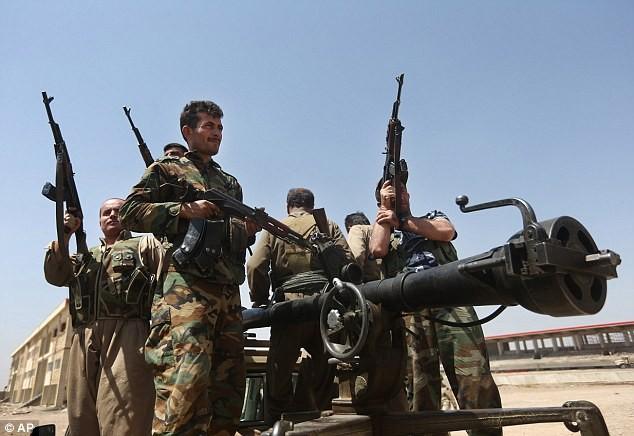 Giải cứu 70 người sắp bị IS tử hình, đặc nhiệm Mỹ tử nạn - ảnh 1