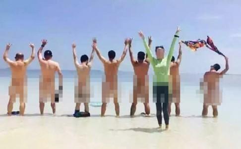 Malaysia bắt giữ du khách Trung Quốc chụp khỏa thân trên bãi biển - ảnh 2