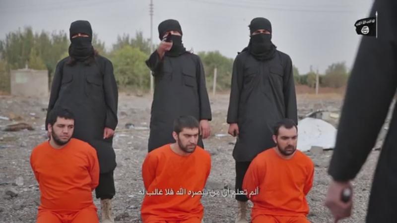 IS lại tung tiếp video hành quyết tù nhân người Kurd - ảnh 1