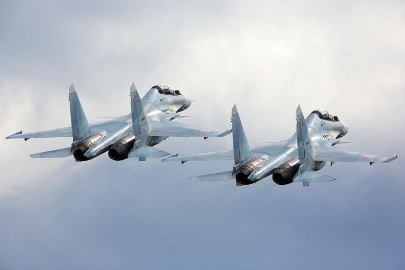 Venezuela chi gần nửa tỉ đô mua Su-30 của Nga - ảnh 1