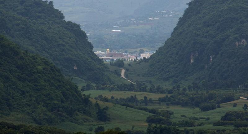 Trung Quốc đặt radar, máy bay không người lái sát biên giới Myanmar - ảnh 2