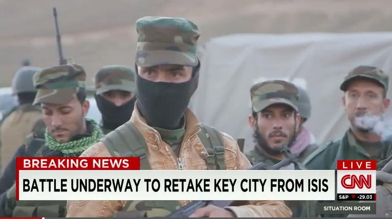 Lực lượng Kurd tấn công IS, chặn đường tiếp tế huyết mạch - ảnh 1