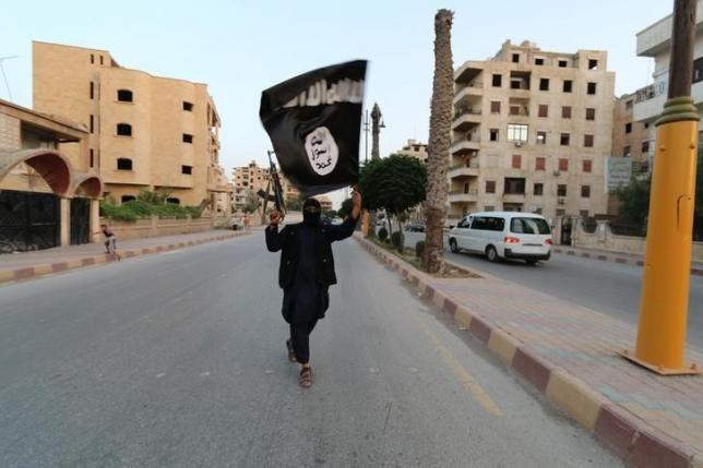 IS tung video đe dọa tấn công Nga - ảnh 1