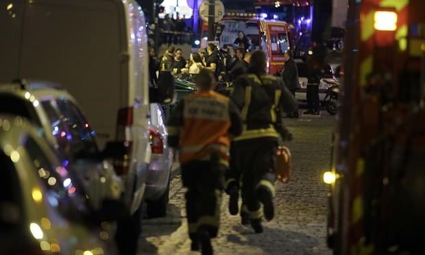 Bão táp khủng bố ở Pháp: ' Gần 160 người chết, đóng cửa Paris!' - ảnh 9
